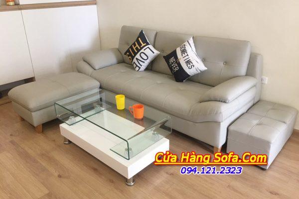 Ghế sofa phòng khách chất liệu da giúp cho chị em phụ nữ dễ dàng vệ sinh, lau dọn ghế sofa hơn